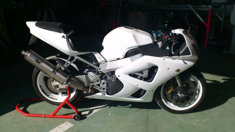 Mon 929 en Blanc pour la piste Dsc_0613