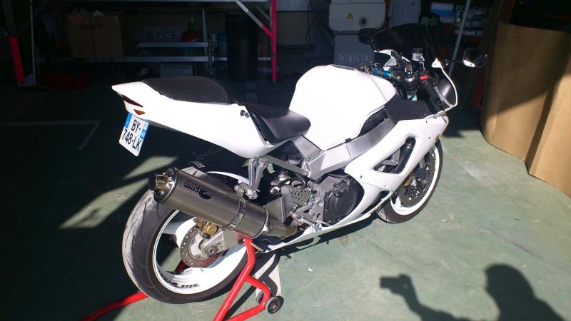 Mon 929 en Blanc pour la piste Dsc_0614
