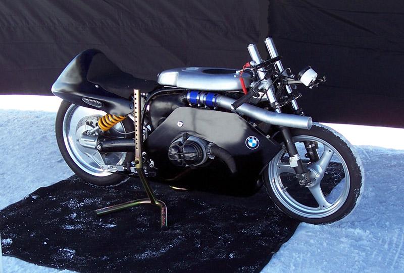 et oui c'est une BMW !!!!! Bike110