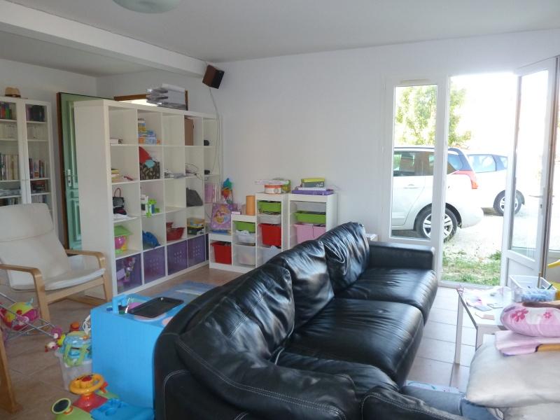 Besoin d'aide pour aménagement et relooking salon - plein de nouvelles questions!!! P1030613