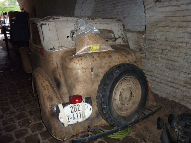 Quel est ce modèle..... Opel710