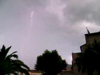 2008, saison orageuse exceptionelle Vlcsna31