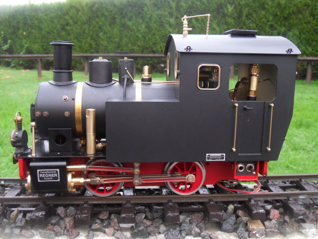 Emma steam locomotive build Emma6110