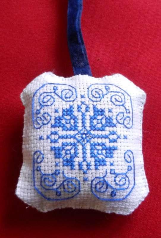 Vente des objets du Marché de Noël 2011 Pendou28