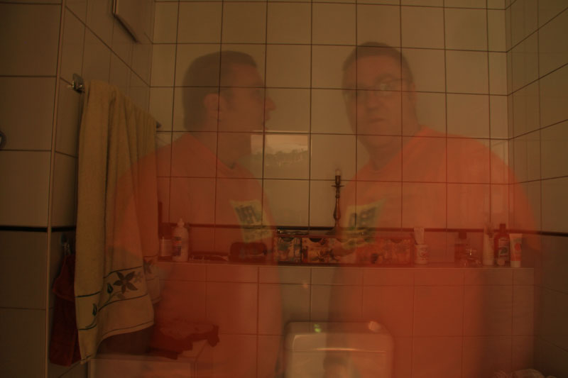 Y'a des fantômes qui habitent chez moi....;-) Img_9110