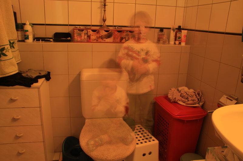 Y'a des fantômes qui habitent chez moi....;-) Img_9210