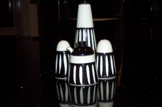 """Crown Lynn condiment sets - aka often attributed to """"Frank Carpay"""" - 100_1716"""