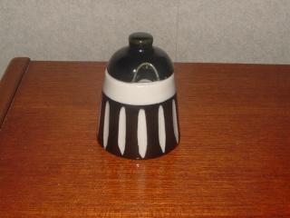 "Crown Lynn condiment sets - aka often attributed to ""Frank Carpay"" - Dscf0029"