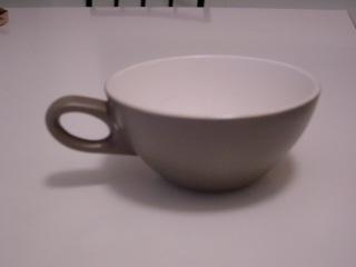 Crown Lynn plates - Dorothy Thorpe Parbju12