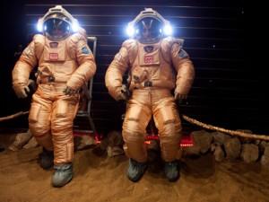 Suivez en direct la sortie des 6 héros de Mars500 ! Mars5010