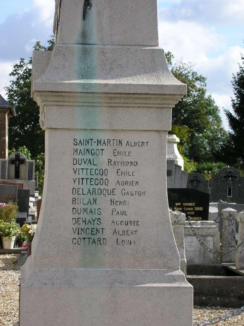 Louvetot - Monument aux morts Louvet11