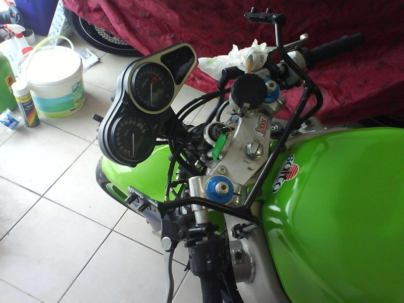 Preparation zx6r 98 pour piste. en avant :) Dsc01016