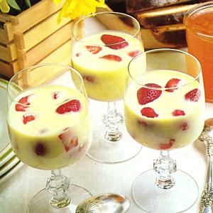 Kem Dâu Sữa 55132210