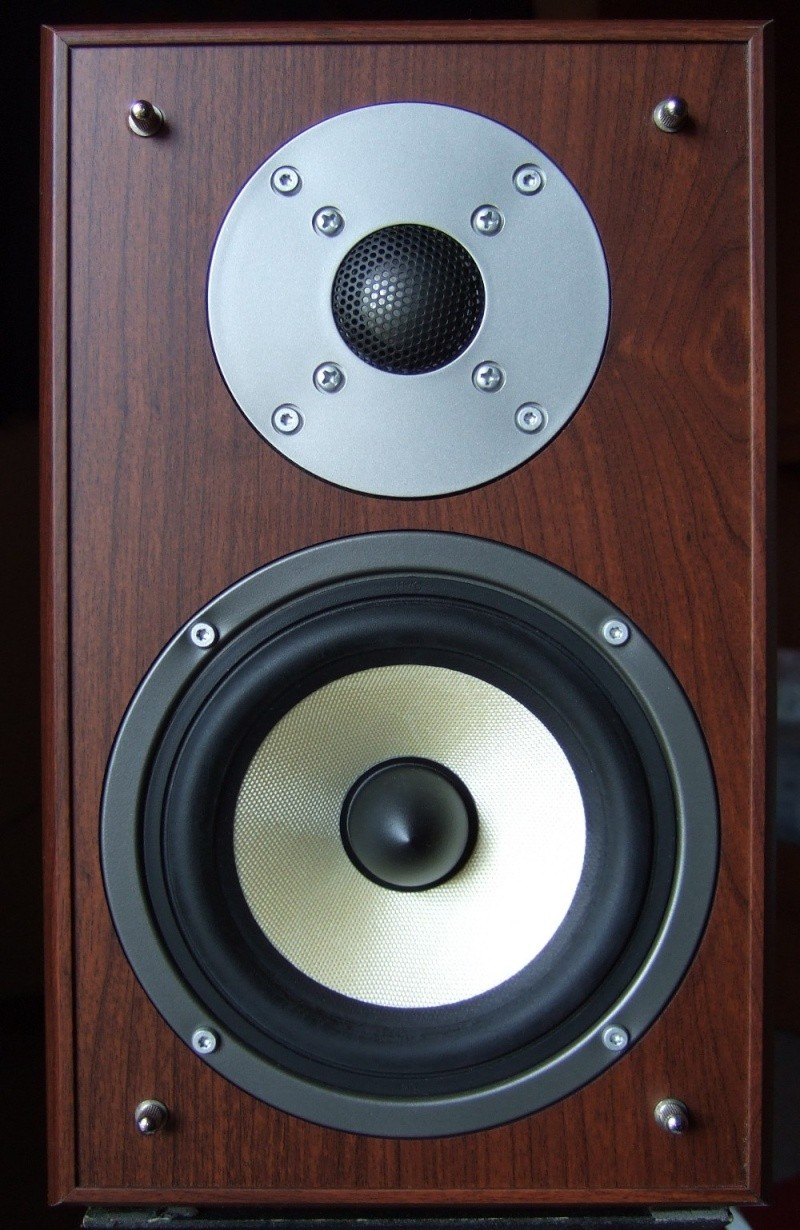 [Prova di ascolto]Mini diffusori Mohr KL20 Dscf1413