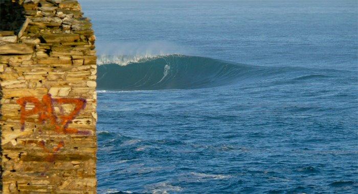 alguien sabe de donde es esta ola???(esta en el litoral cantabrico) Sin2bt11