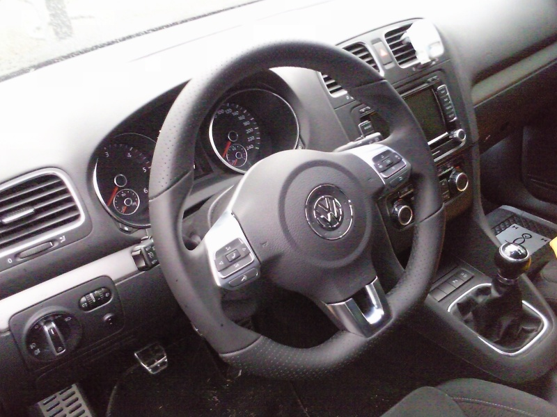 [Badgon3]Golf 6 TDI 140 - CARAT - Noir Intense - 5 Portes (Pare choc GTD) Photo015