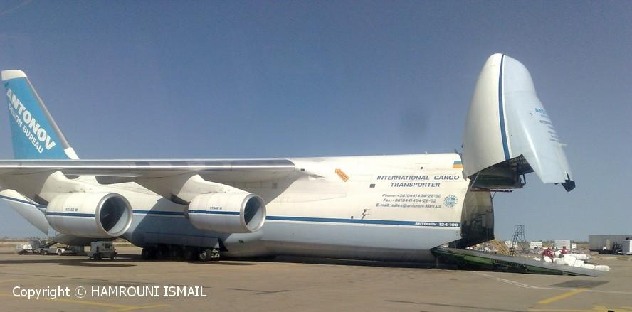 Tunisie - Djerba : Antonov 124-100 Antono10