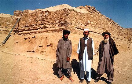 Ghazni - Page 2 Monume10