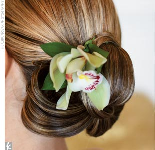 Peinados con flores naturales Orquid10