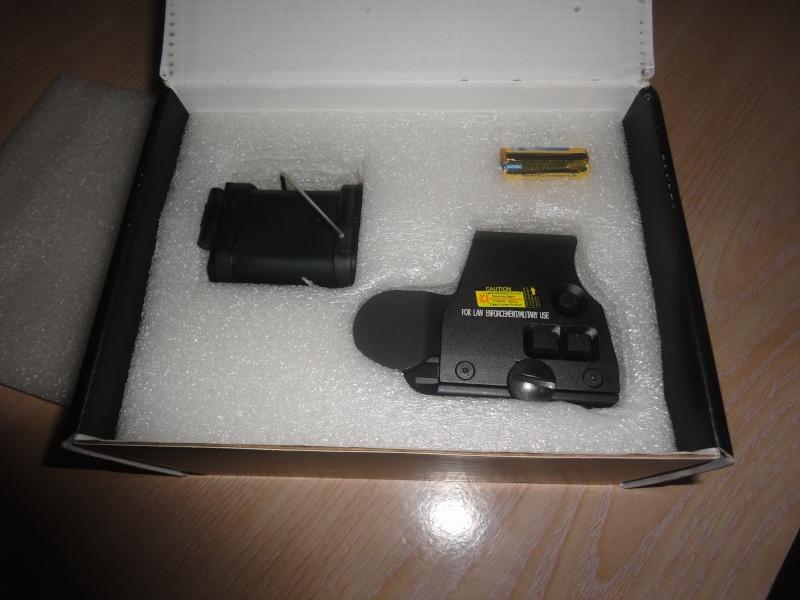 Tactical 556 Type R/G Dot Sight Dsc02812