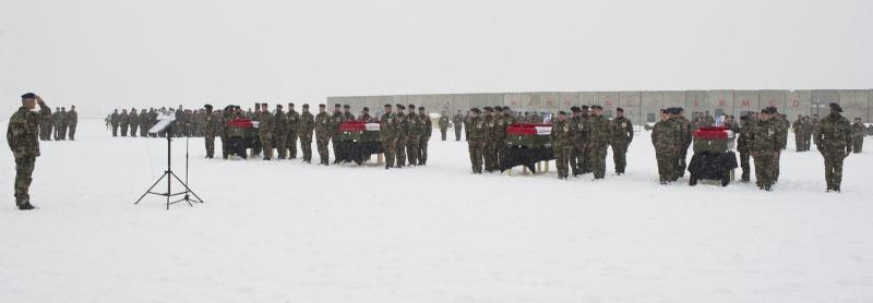 Afghanistan: Les quatre militaires français tués par un soldat afghan appartiennent au 93e RAM et au 2e REG - Page 2 2011ec11