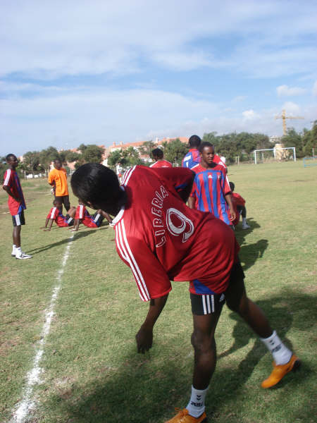 Photos/ Lone Star camp headed for Libya Trainn10