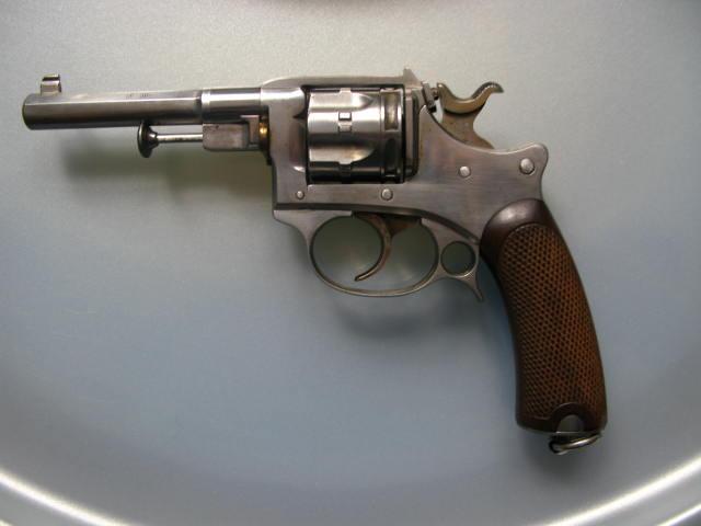 revolver ressemblant à un 92 Img_0915