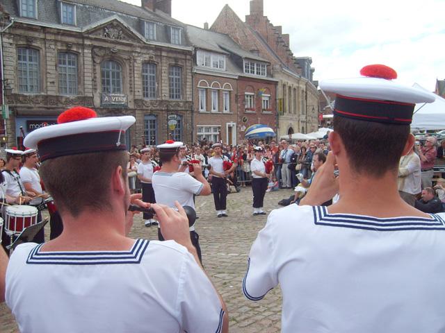 [La musique dans la Marine] Bagad de Lann-Bihoué - Page 5 1110