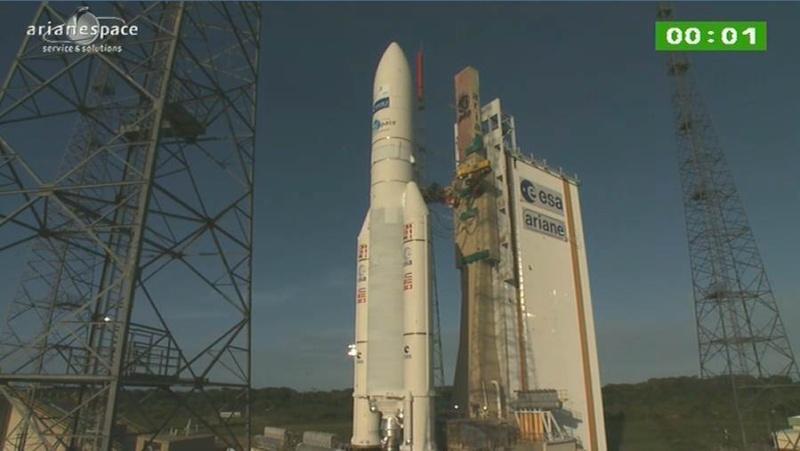 Lancement Ariane 5 ECA VA208 / INTELSAT 20 & HYLAS 2  (02.08.2012) - Page 2 Capt_400