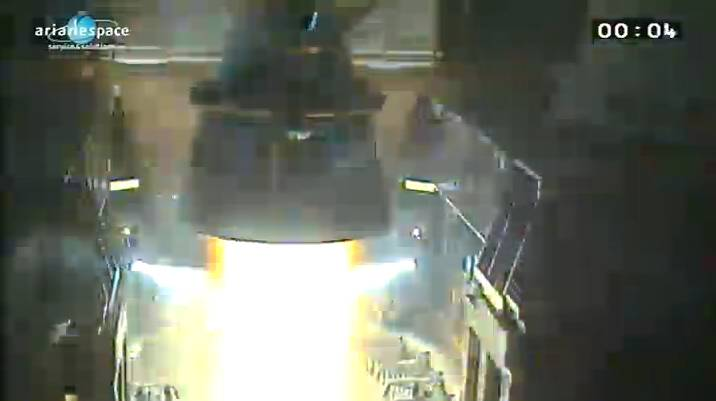 Lancement Ariane 5 ECA VA206 / JCSAT-13 + VinaSat-2 - 15 mai 2012 - Page 2 Capt_h38