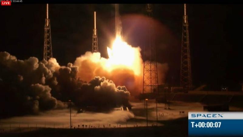 SpaceX / COTS-2: Lancement et suivi de la mission. - Page 8 Capt_h68