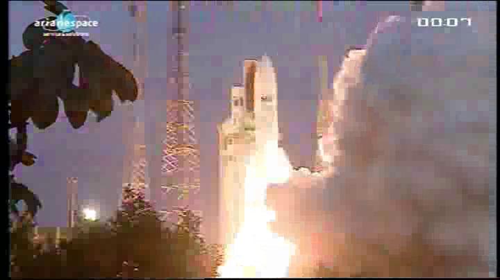 Lancement Ariane 5 VA204 / SES 2 + Arabsat 5C - 21 septembre 2011 [succès] - Page 3 Vlcsn219