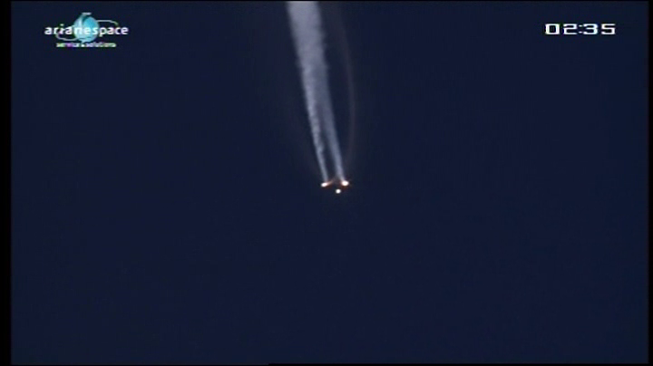 Lancement Ariane 5 VA204 / SES 2 + Arabsat 5C - 21 septembre 2011 [succès] - Page 3 Vlcsn238