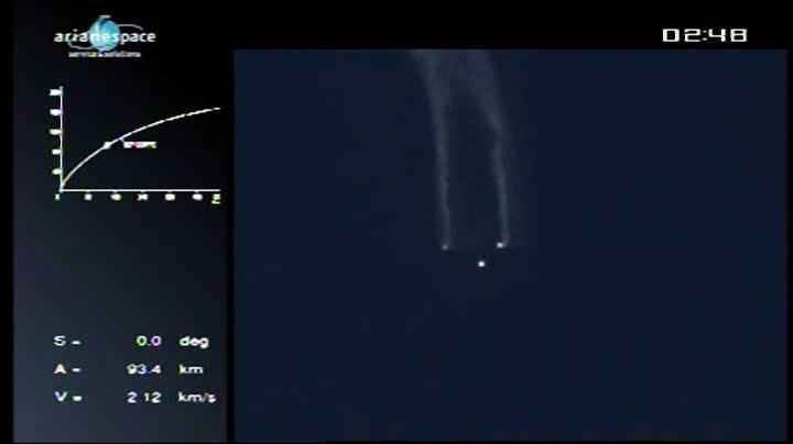 Lancement Ariane 5 VA204 / SES 2 + Arabsat 5C - 21 septembre 2011 [succès] - Page 3 Vlcsn240