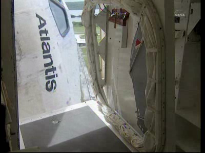 [STS-135, vol final] Suivi du lancement d'Atlantis (08/07/11 à 15h26 GMT) - Page 9 Vlcsna19
