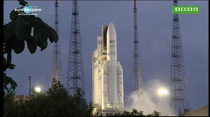 Lancement Ariane 5 VA204 / SES 2 + Arabsat 5C - 21 septembre 2011 [succès] - Page 3 Vlcsna42