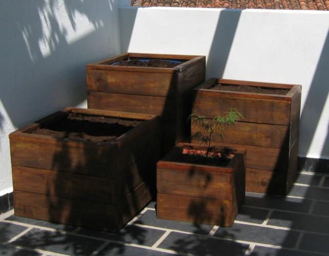 Jardineras de madera. Sta_5110