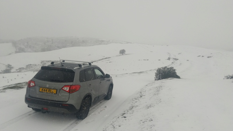 SNOW PICTURES........SHOW US YOUR VITARA! Img_2049