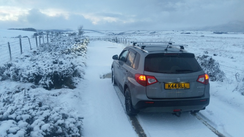 SNOW PICTURES........SHOW US YOUR VITARA! Img_2051