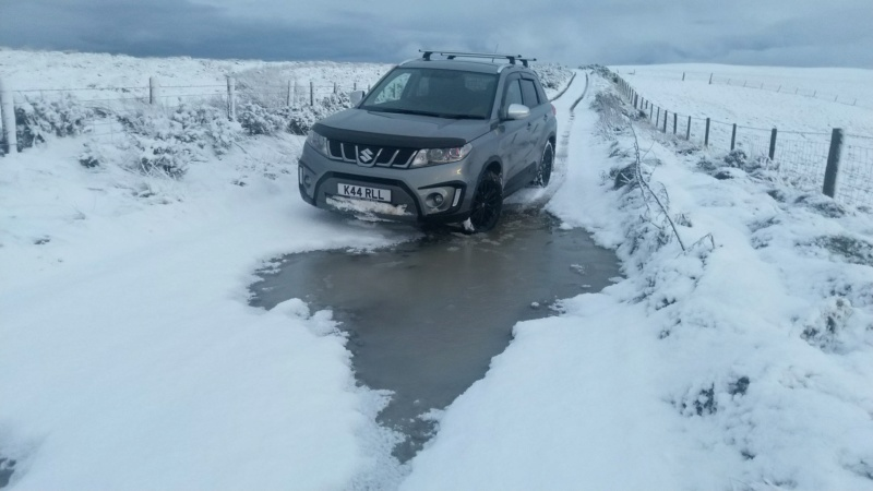 SNOW PICTURES........SHOW US YOUR VITARA! Img_2052