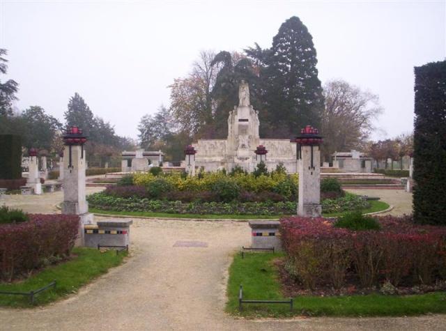 [Histoires et Histoire] Monuments aux morts originaux Français Tome 1 100_9570