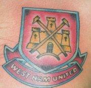 photo de tatoo de west-ham - Page 3 27565010
