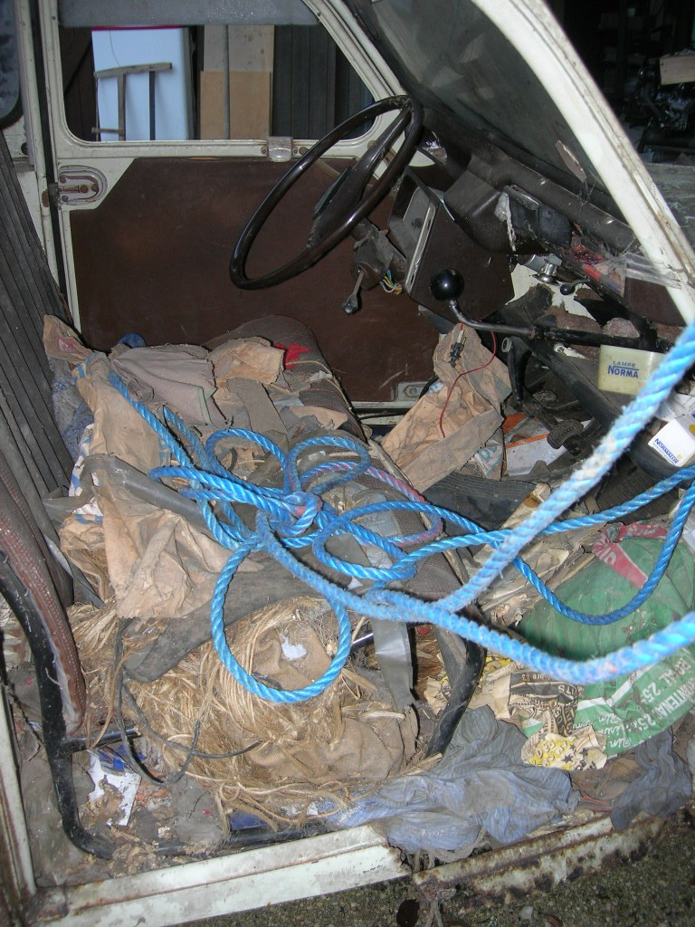 2cv pick up roadster    la fin ...... [des news.... ] Dscn4912