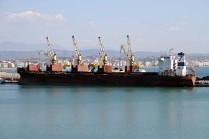 Durrës, vjen anija më e madhe tregtare në historinë e portit  0429