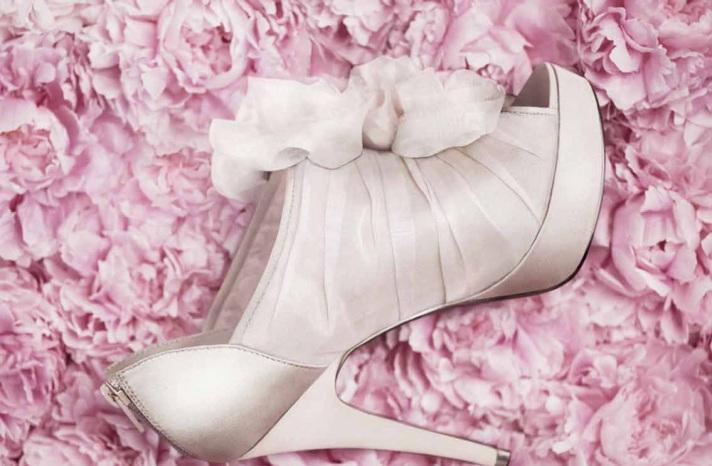 Këpucët e nuses! - Faqe 5 1777