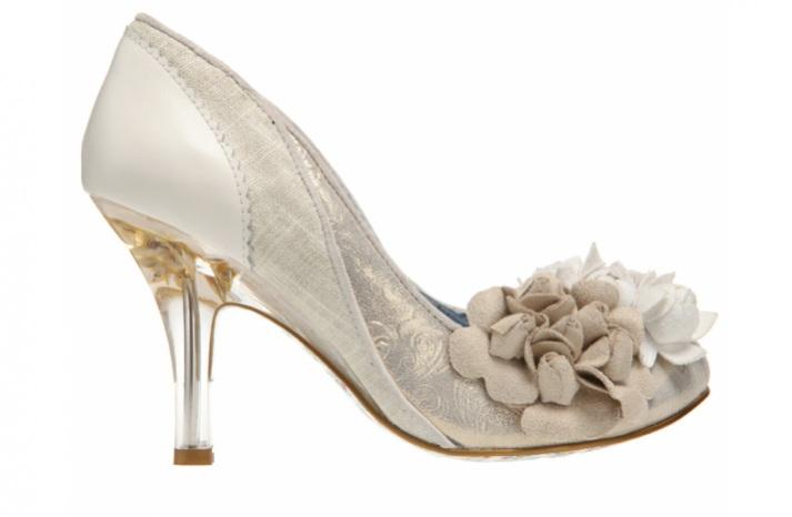 Këpucët e nuses! - Faqe 5 2537