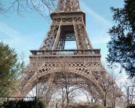Pamje e re për Kullën Eiffel dhe muzeun Orsay 3182