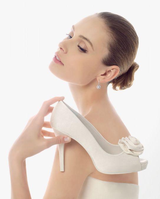 Këpucët e nuses! - Faqe 5 3422