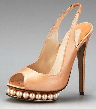 Këpucët e nuses! - Faqe 6 4528