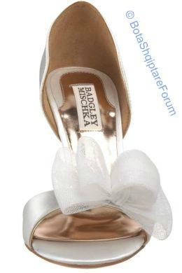 Këpucët e nuses! - Faqe 5 875